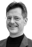 Prof. Dr. Henning Schulze